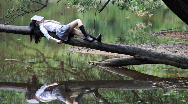 Felicidad y medio ambiente-Senderos